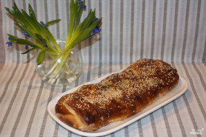 Пирог из дрожжевого теста в духовке - фото шаг 7
