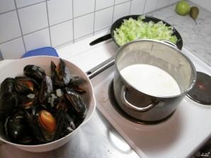 Суп из мидий со сливками - фото шаг 2