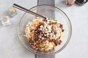 Салат с рисовой лапшой - фото шаг 10
