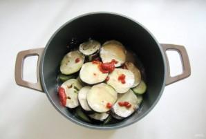 Тефтели с кабачками и баклажанами в соусе - фото шаг 7