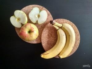 Смузи из банана, апельсина и яблока - фото шаг 2