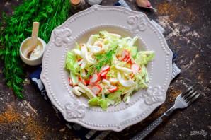 Салат с пекинской капустой, крабовыми палочками и кальмарами - фото шаг 7