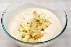 Вкусная шарлотка с яблоками - фото шаг 5