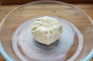 Сыр, запеченный в тесте - фото шаг 8