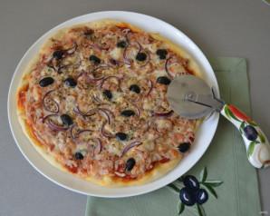 Пицца с рыбными консервами - фото шаг 11
