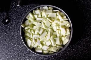 Пышная шарлотка с яблоками - фото шаг 3