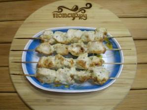 Куриные шашлычки на шпажках в духовке для детей - фото шаг 11