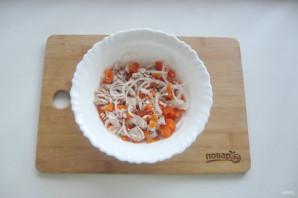 Мясной салат с маринованным луком - фото шаг 8