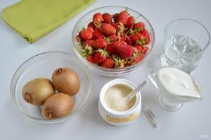 Летний суп с фруктами - фото шаг 1