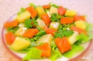 Салат с семгой и картофелем - фото шаг 9