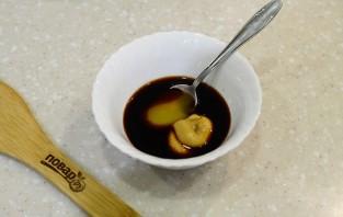Свиная рулька в медово-горчичном соусе - фото шаг 4
