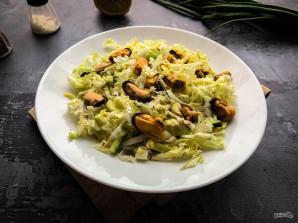 Салат с пекинской капустой и мидиями - фото шаг 6