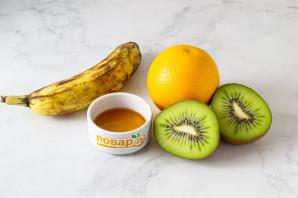 Смузи из банана, киви и апельсина - фото шаг 1