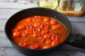 Жареная курица с луком-шалот и помидорами - фото шаг 7