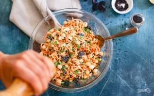 Салат с морковкой - фото шаг 3