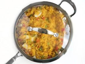 Рис с морепродуктами и овощами - фото шаг 7