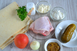 Шаурма с курицей и солеными огурцами - фото шаг 1
