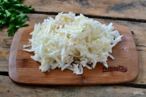 Запеканка из тертого картофеля с сыром и чесноком - фото шаг 5
