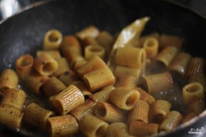 Жареные макароны - фото шаг 5