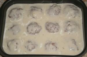 Биточки мясные в сметанном соусе в духовке - фото шаг 3