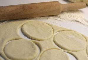 Пирожки с фаршем на сковороде - фото шаг 1