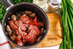 Куриные потрошки в сливочном соусе - фото шаг 5