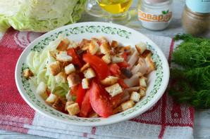 Салат с капустой, ветчиной и сухариками - фото шаг 9