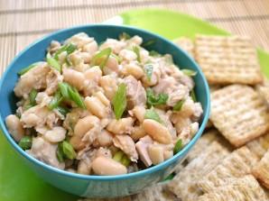 Салат из консервированной белой фасоли - фото шаг 4