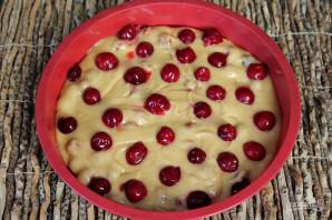 Пирог с вишней и орехами - фото шаг 6