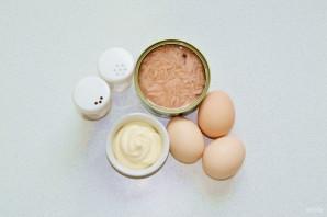 Яйца фаршированные тунцом - фото шаг 1
