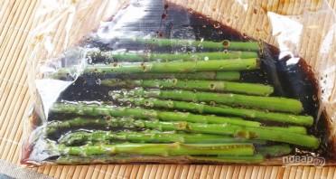 Салат из спаржи - фото шаг 2