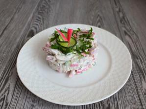 Салат из крабовых палочек и ветчины - фото шаг 6