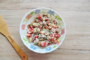 Салат с жареными баклажанами и свежими помидорами - фото шаг 9