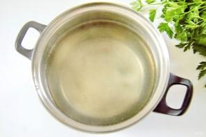 Суп с курицей, рисом и плавленым сыром - фото шаг 2