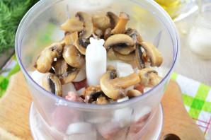 Чебуреки с мясом и грибами - фото шаг 10