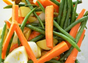 Запеченные овощи с медово-горчичной глазурью - фото шаг 1