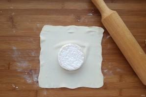 Сыр, запеченный в тесте - фото шаг 4