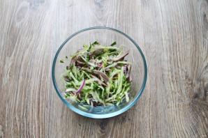Салат с редькой и языком - фото шаг 8