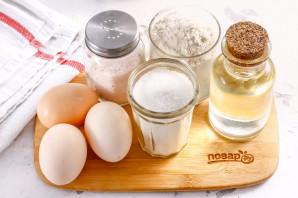 Бисквит из трех яиц - фото шаг 1