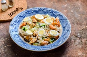 Салат с мидиями и рисом - фото шаг 8