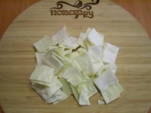 Капуста, маринованная кусочками со свеклой - фото шаг 2