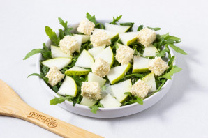 Зеленый салат с грушей - фото шаг 5