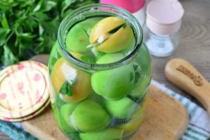 Зеленые помидоры с чесноком и петрушкой на зиму - фото шаг 8