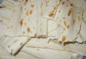 Сырный пирог из лаваша с зеленью - фото шаг 2