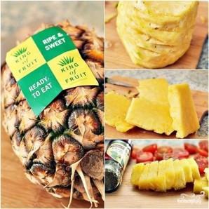 Пирог с ананасами, помидорами и сыром бри - фото шаг 7