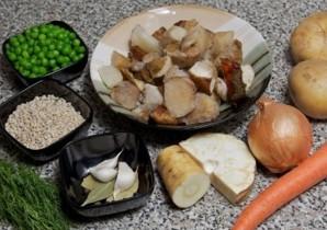 Грибной суп из замороженных грибов   - фото шаг 1