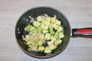Тушеные кабачки с фасолью - фото шаг 5