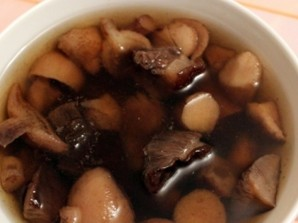 Грибной суп из замороженных грибов   - фото шаг 2