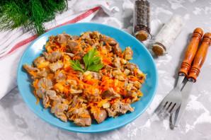 Куриные желудки с луком и морковью - фото шаг 7