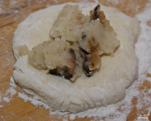 Пирожки с картошкой жареные - фото шаг 5